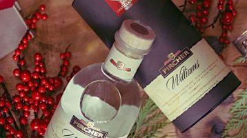 La storica azienda altoatesina propone come idea regalo per il Natale un classico intramontabile del suo repertorio di distillati, l'Acquavite di pere Williams Pircher