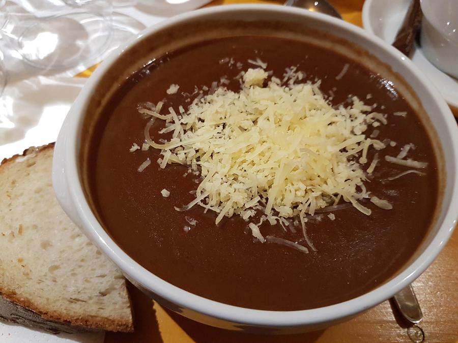 Basler Mehlsuppe (zuppa di farina alla basilese)